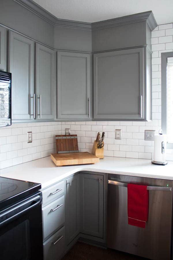 The Best Paint for Kitchen Cabinets - Benjamin Moore ...