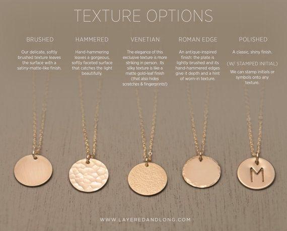 Leer oder personalisierte Gold Circle Halskette - einfachen, modernen, alltäglichen Halskette.  14 k Gold gefüllt, Sterling Silber oder Pink-Gold gefüllt.  Die schöne runde Scheibe können leer oder gestempelt mit einem Buchstaben oder ein Symbol Ihrer Wahl gelassen werden. Sie können auch die Oberfläche der Festplatte (siehe Foto #2)  Kette: Mittel-DISC--Medium, 13mm Kreis LN213_V  -Feine, hochwertige italienische oder USA gemacht Kette. -Alle Komponenten sind 14k Gold füllen, Sterling…