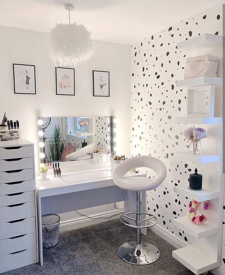 Beauty Room❤️❤️ Hoffe es gefällt euch !! Folgen Sie uns auf @ 24infinitydesign ... -  #24infi... #teenroomdecor