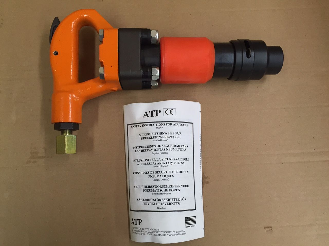 Pneumatic Chipping Hammer 4 Bolt ATP 2ARB + 2 Bits