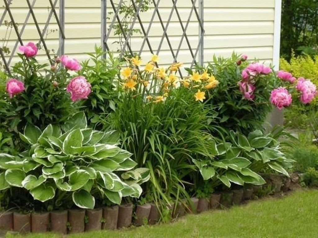35 Beautiful Flower Beds Design Ideas In Front Of House Backyard Flowers Garden Outdoor Garden Decor Backyard Flowers