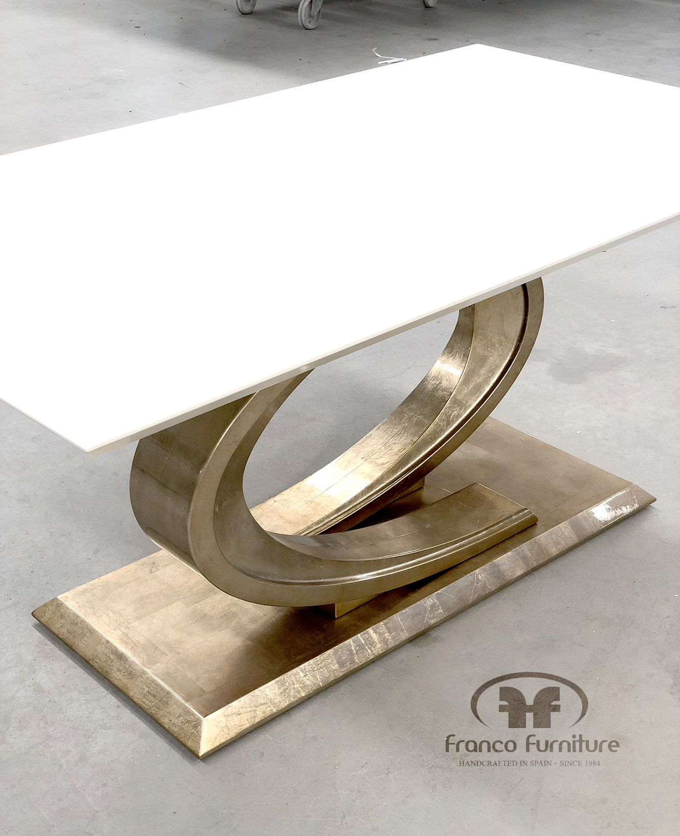▷ Mesas de Comedor: La pieza clave de tu Salón ©