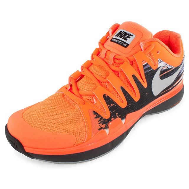 Atomic orange Nike Zoom Vapor 9.5 Tour