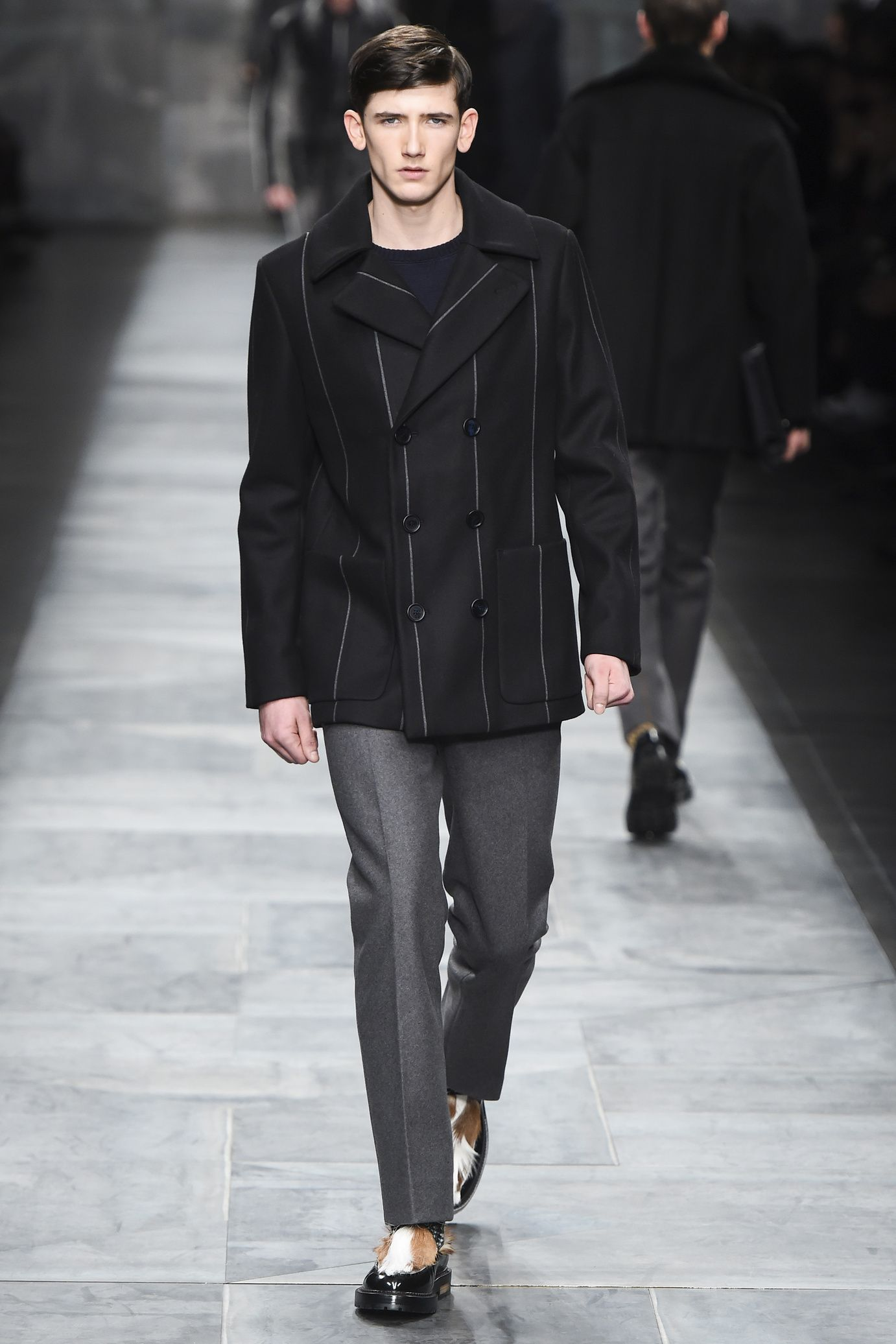 Fendi  menswear fall winter 2015-2016 Sfilata Di Moda 2a9e90ef1c8
