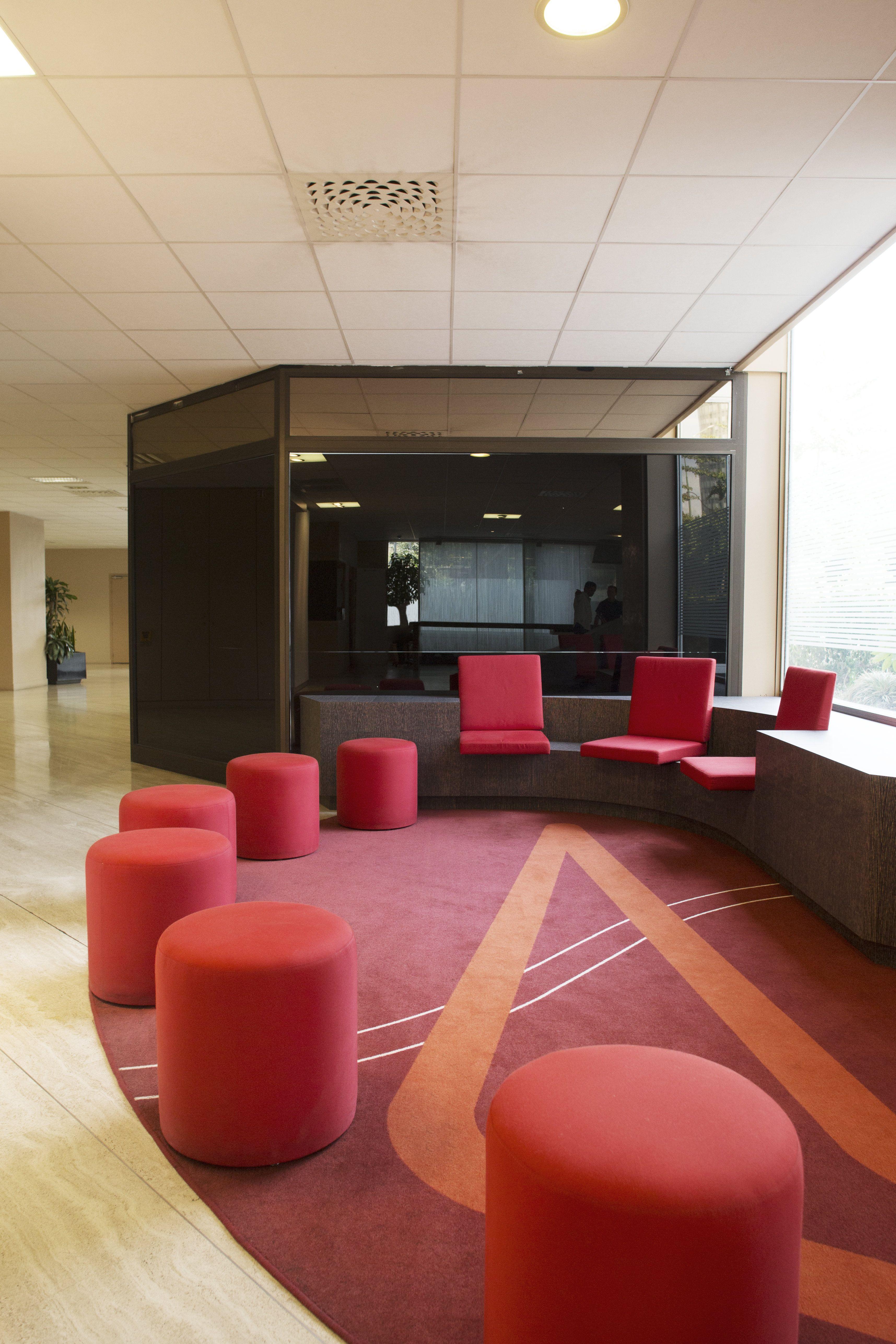 Espace Daccueil Am Nag Par Cl Ram #Style #Design #Bureau