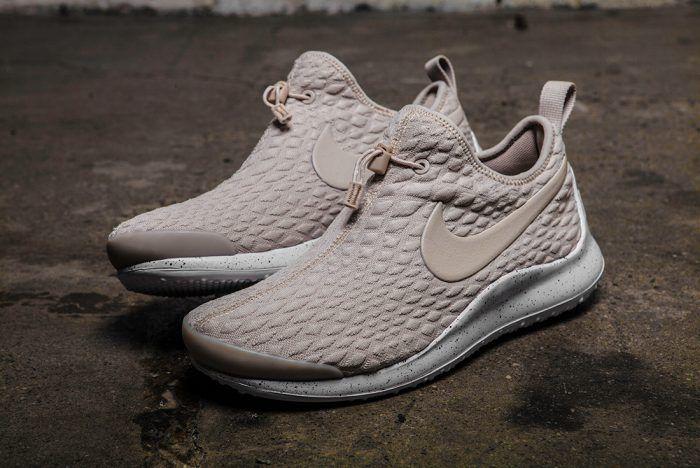 260597954ba4 Nike Aptare Womens - Sneaker Freaker