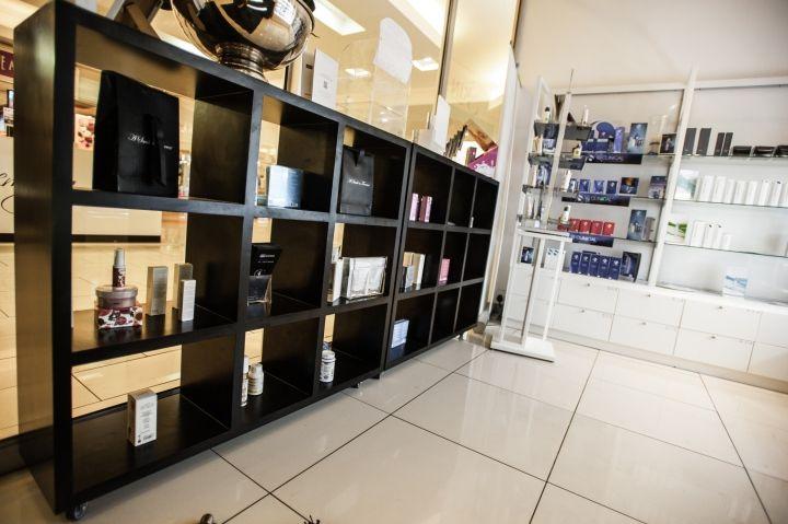 My Skin Centre Beauty Salon By Creative Shop Retail Shopfitting Johannesburg South Africa Retail Design Blog Skin Center Retail Design Blog Retail Design