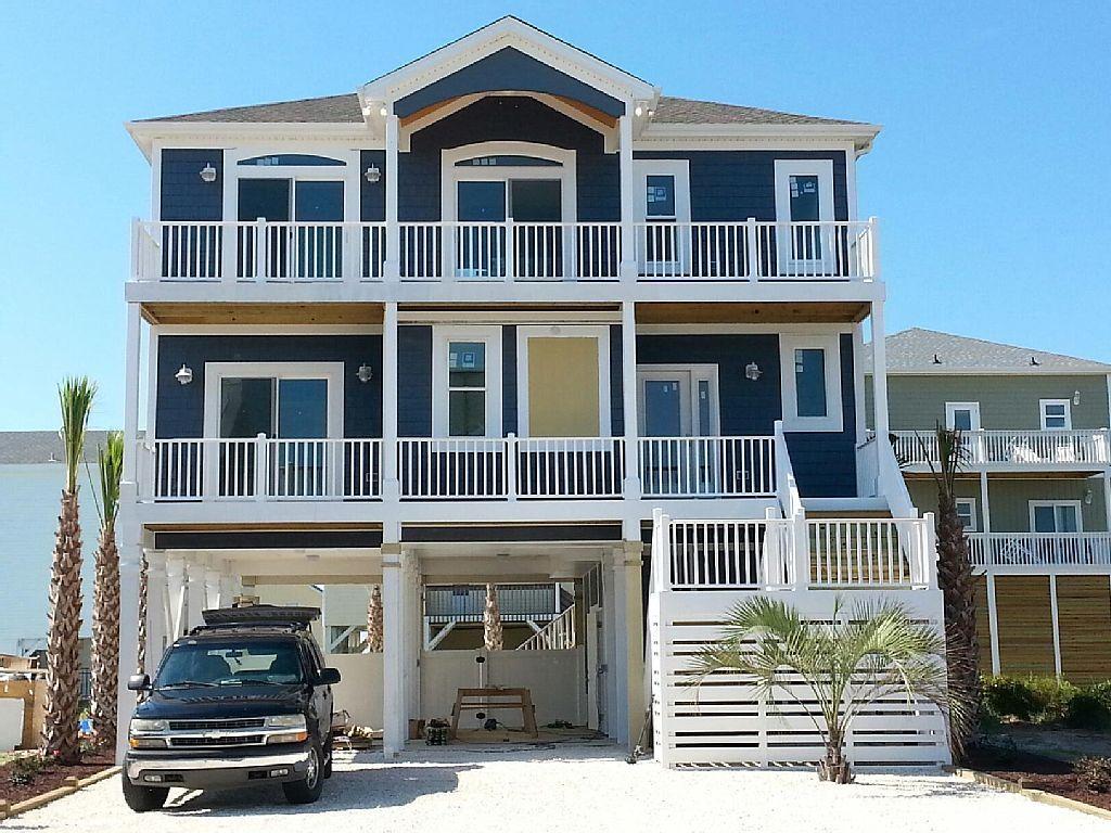 Stellar Beach Rentals – North Carolina Beach House Rentals » Blue Diamond –  454 E 4th St, Ocean Isle Beach, NC 28469