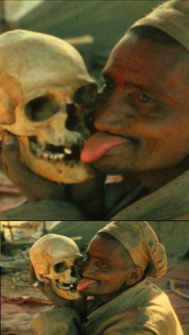 Cannibalism & Necrophagy: