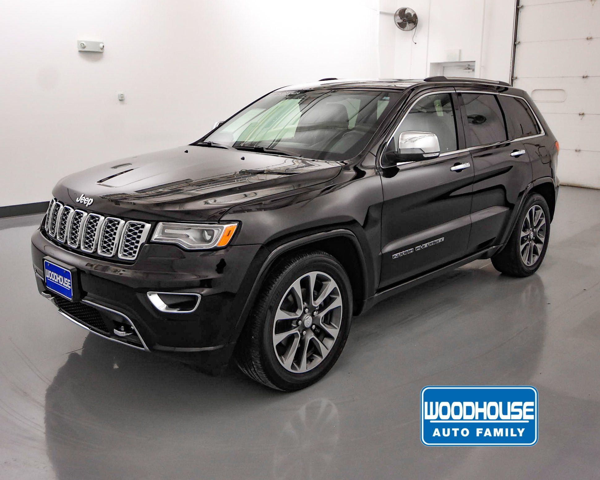 2020 Grand Cherokee Configurations In 2020 Grand Cherokee Overland 2017 Jeep Grand Cherokee Grand Cherokee Trailhawk