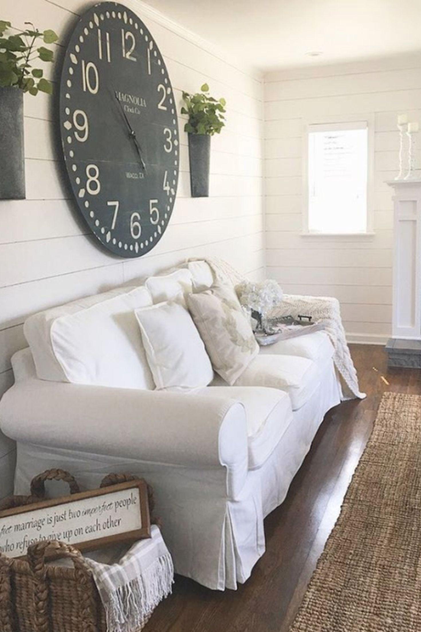 Love this farmhouse living room decor idea