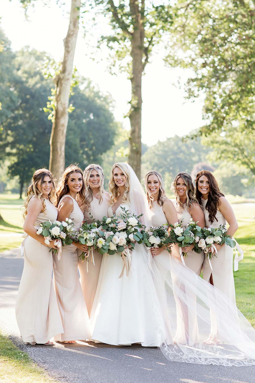 A Beautiful Golf Club Wedding with Neutral Details in