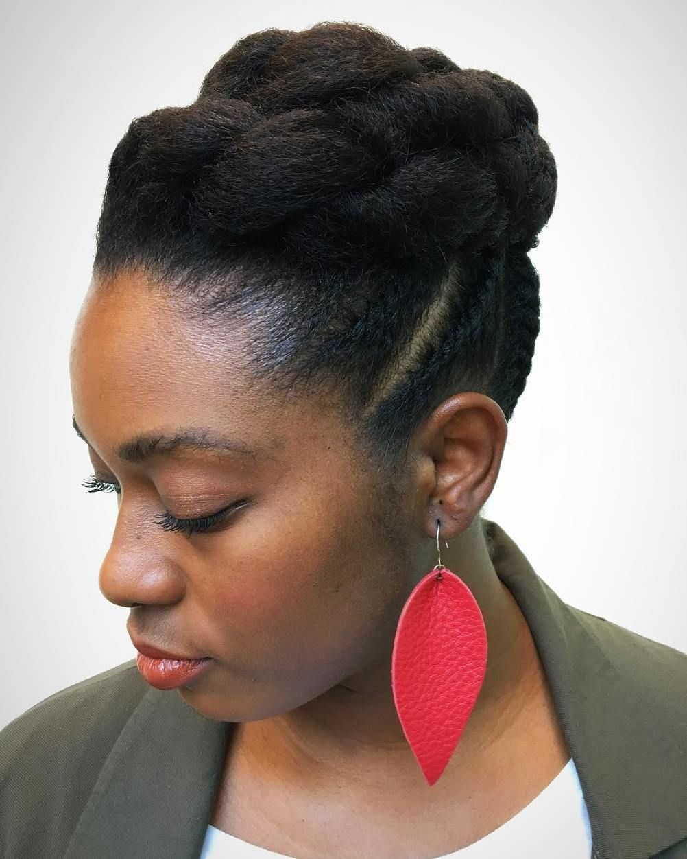 45 Classy Natural Hairstyles For Black Girls To Turn Heads In 2019 Natural Hair Styles Professional Natural Hairstyles Black Girl Natural Hair