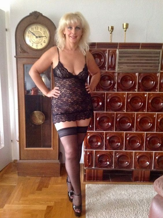 hartley mature women personals You have found aniloscom nina hartley, your number one source for nina hartley anilos pic & the best mature women on the net.