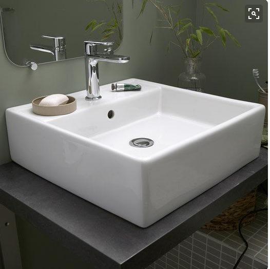 Pin By Alexia Laforgue On Salle De Bain Bathroom Design Layout Bathroom Remodel Designs Diy Bathroom Decor