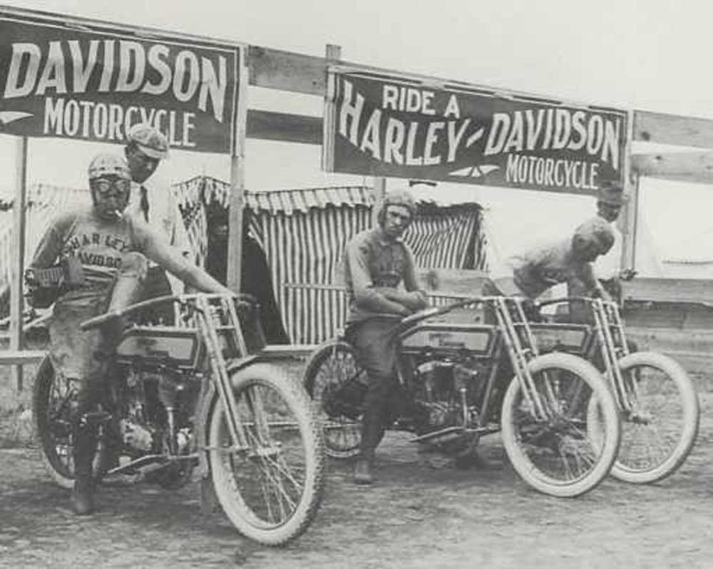 Harley Racing Team Vintage Photo Harley Davidson Bikes Harley Davidson Motorcycles Harley