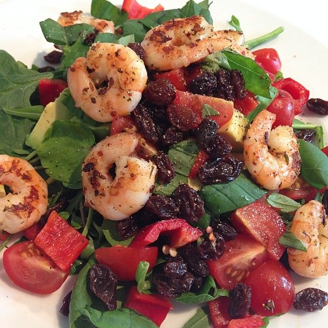Sweet chilli prawns with salad & raisins #Leanin15  What did you have for lunch today?