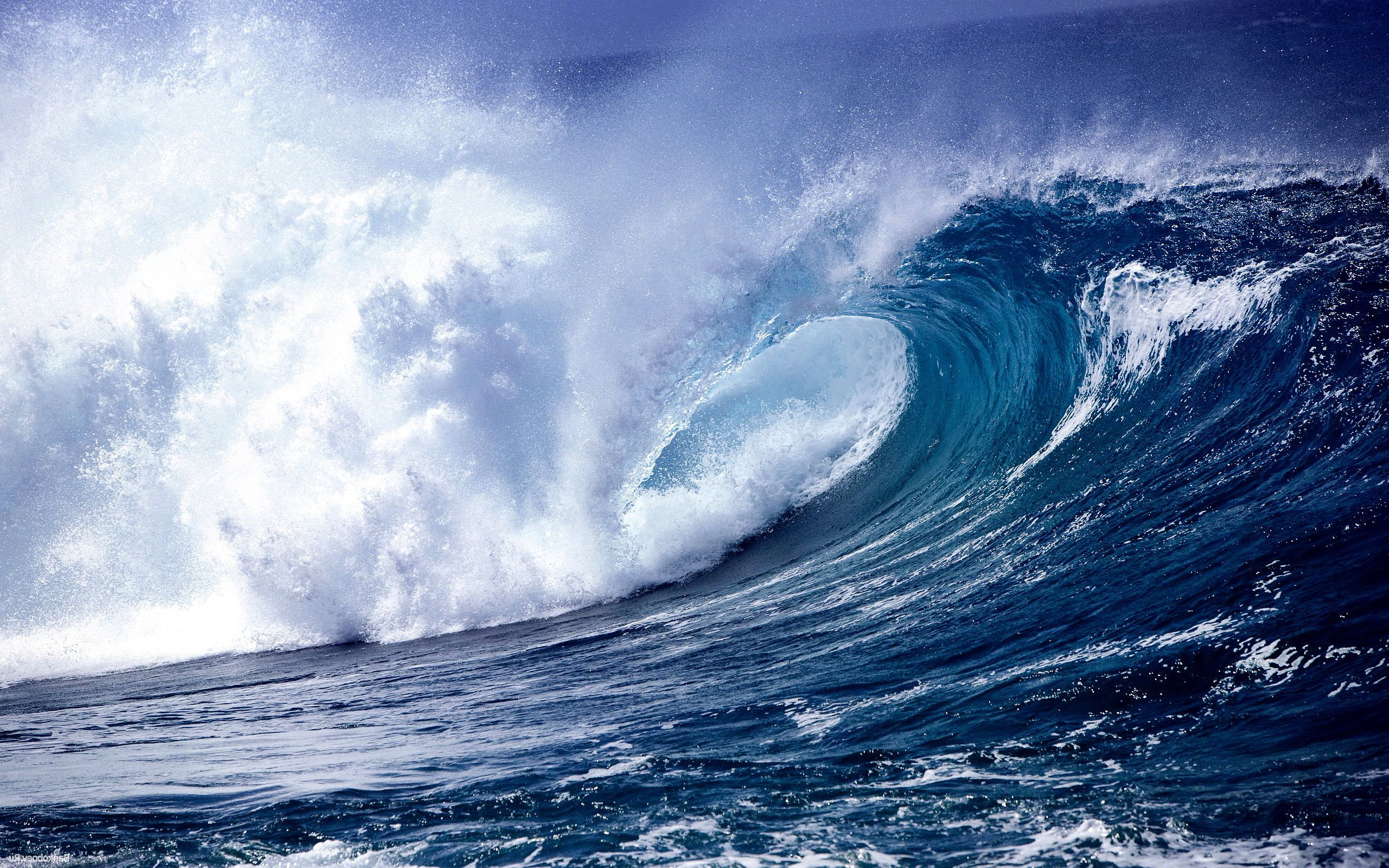 HD wallpaper download Glowing Blue Waves Explained