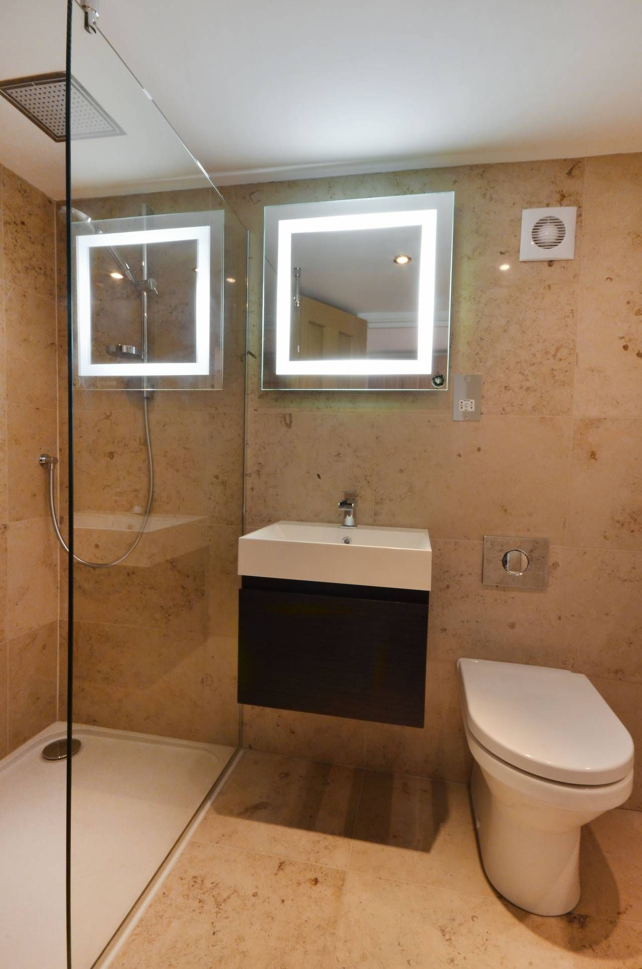 En suite shower room a walk in shower nicely tiled for Small ensuite wet room ideas
