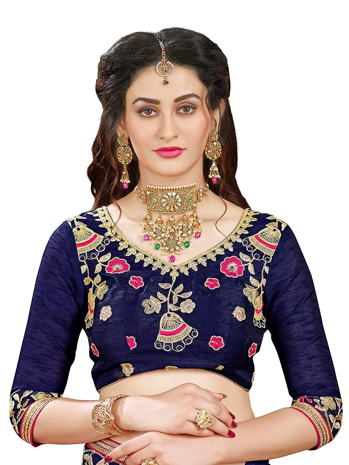 b00a2805bb Manohari Embroidery Pink Georgette Saree: Amazon.in: Clothing & Accessories