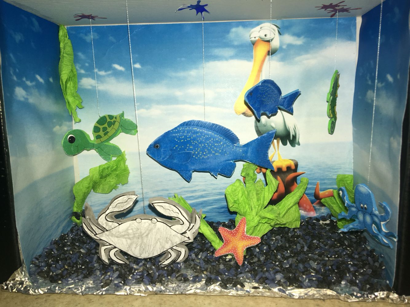 Fish tank in the floor - Recyclable Biodegradeable Material Fish Tank For Preschool Shoe Box Crepe Paper Plants