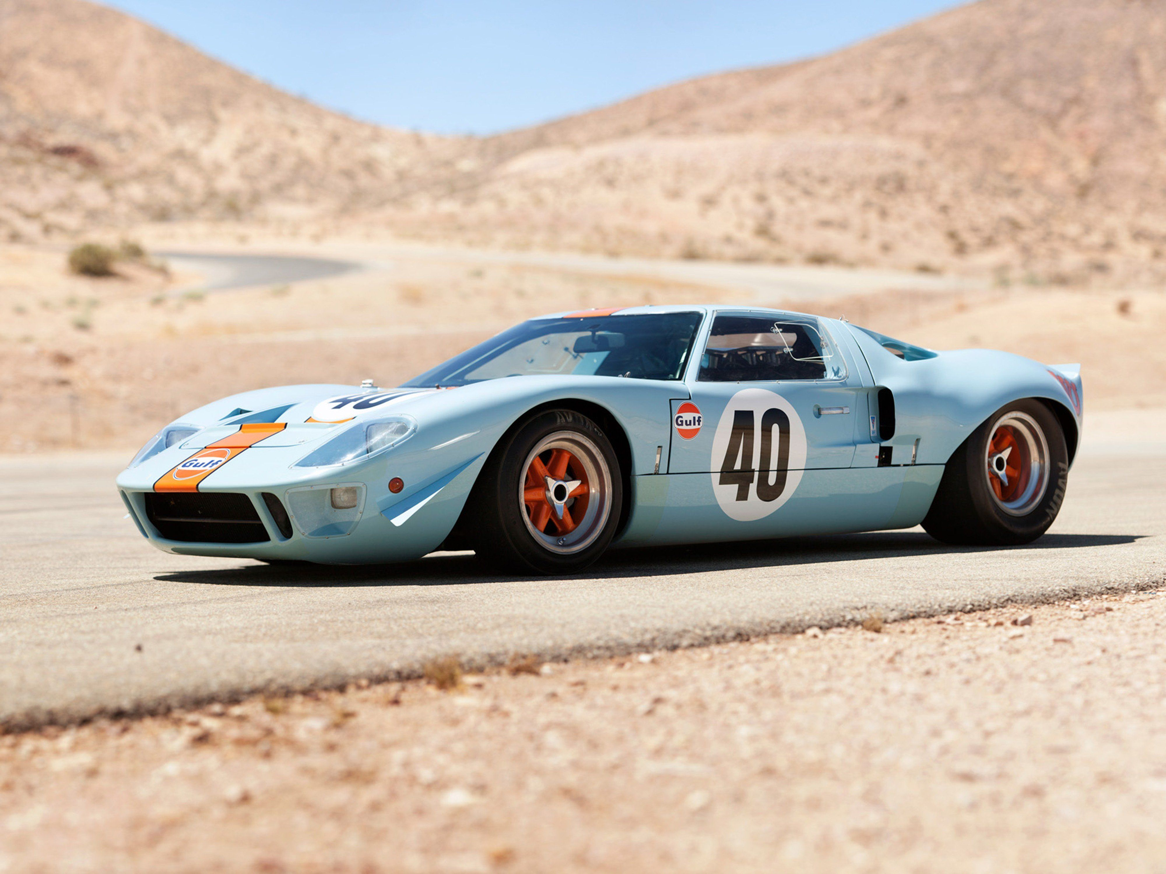 Photos of ford gt40 race cars 1968 gulf ford gt40 le mans racing car