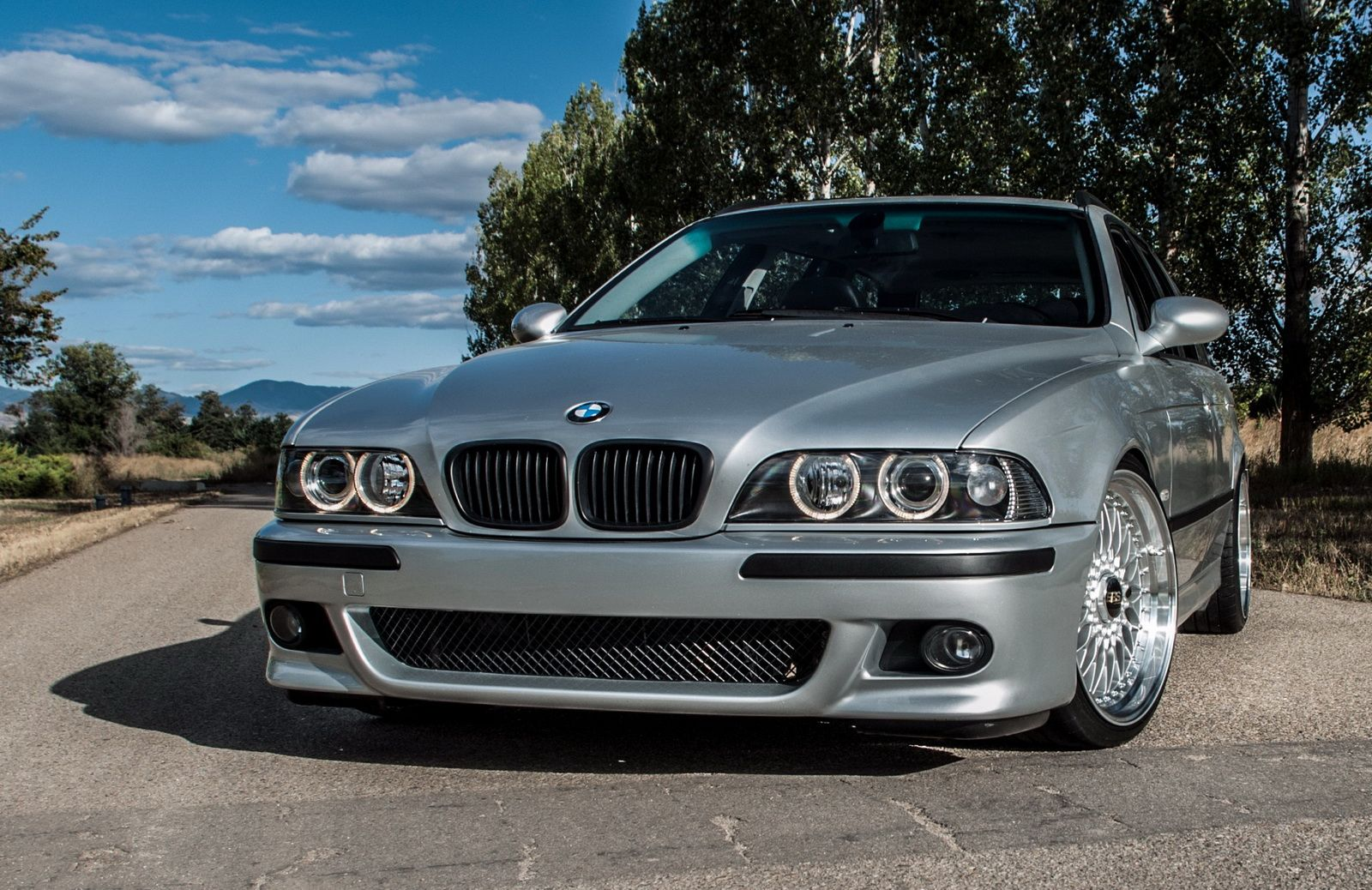 The Perfect Wagon Gto Powered E39 Bmw 540i Touring With A Manual