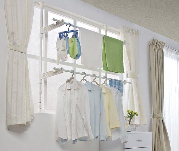洗濯物を室内で干すなら窓際 場所をとらない室内干し 室内物干し