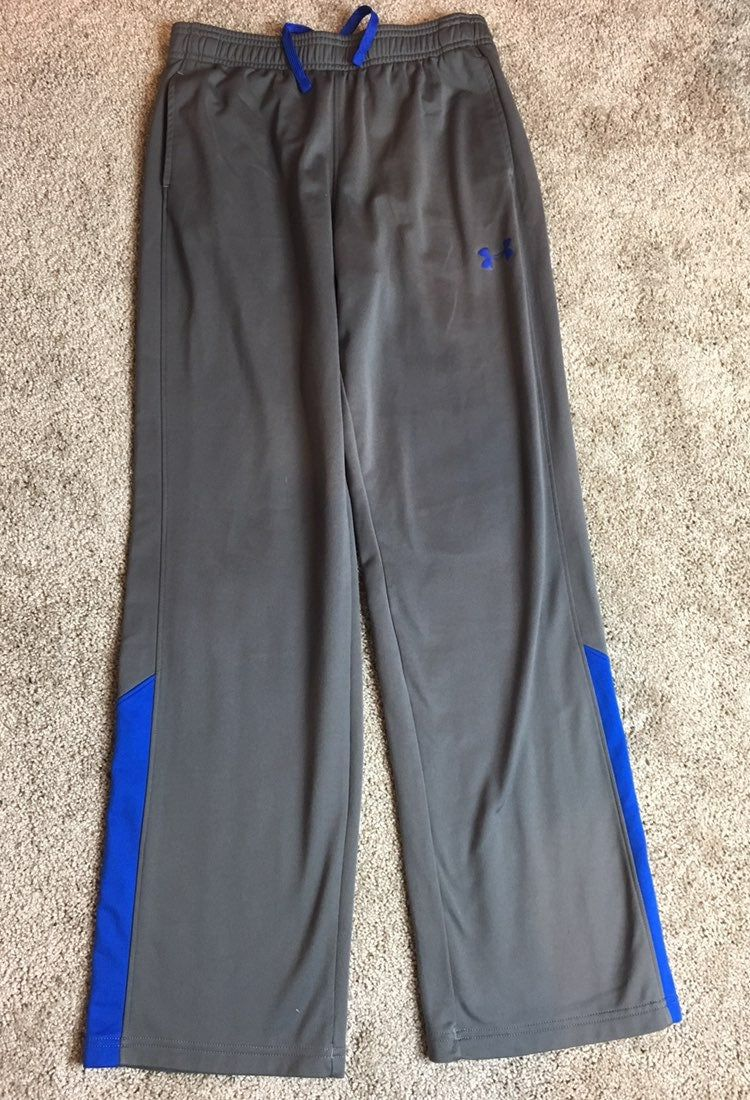 NEW WITH TAGS Under Armour Heat Gear Basketball Shorts YLG NAVY BLUE