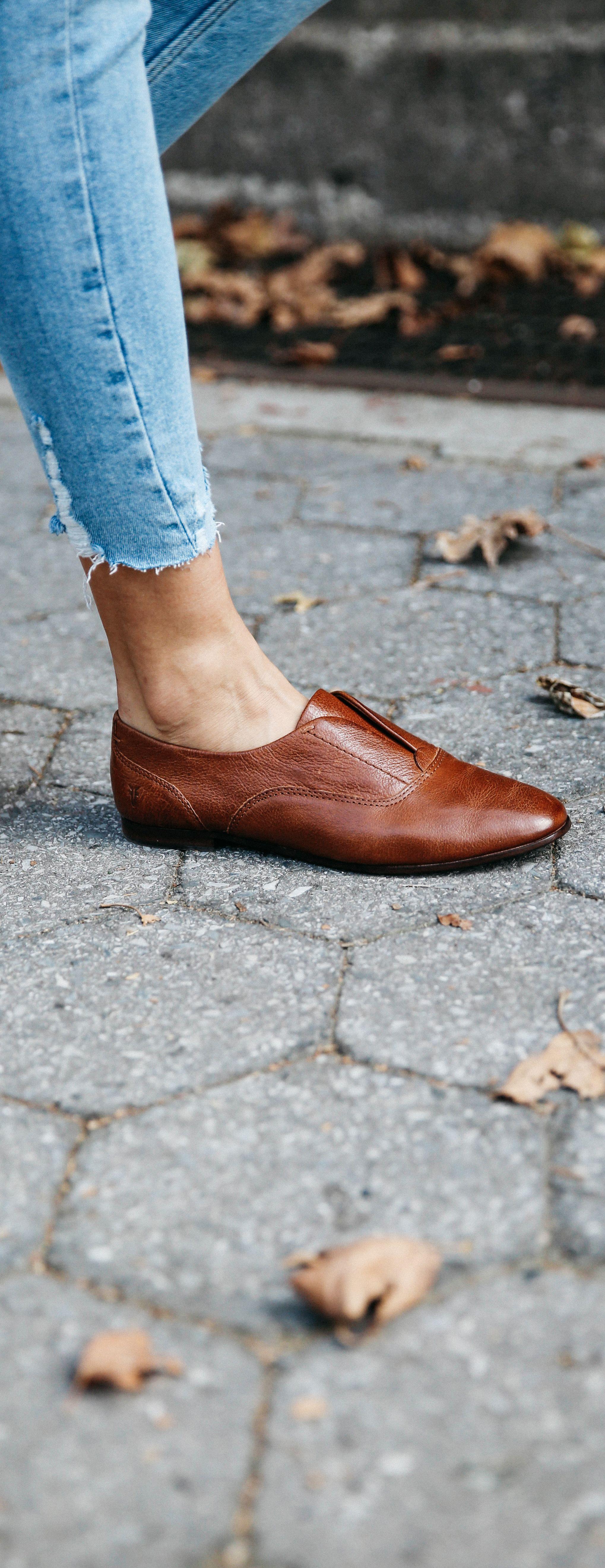 Frye Terri Slip-On Shoe D1XQjS