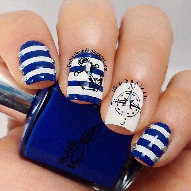 персонал фото красивых ногтей нарощенных в морском стиле основе млечного
