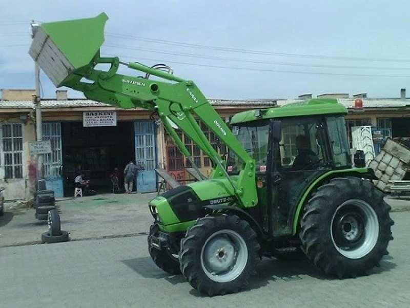 Deutz Traktor Kepce Imalati Canli Traktor Tarim Atasmani Tarimdan Traktor Araba Tarim