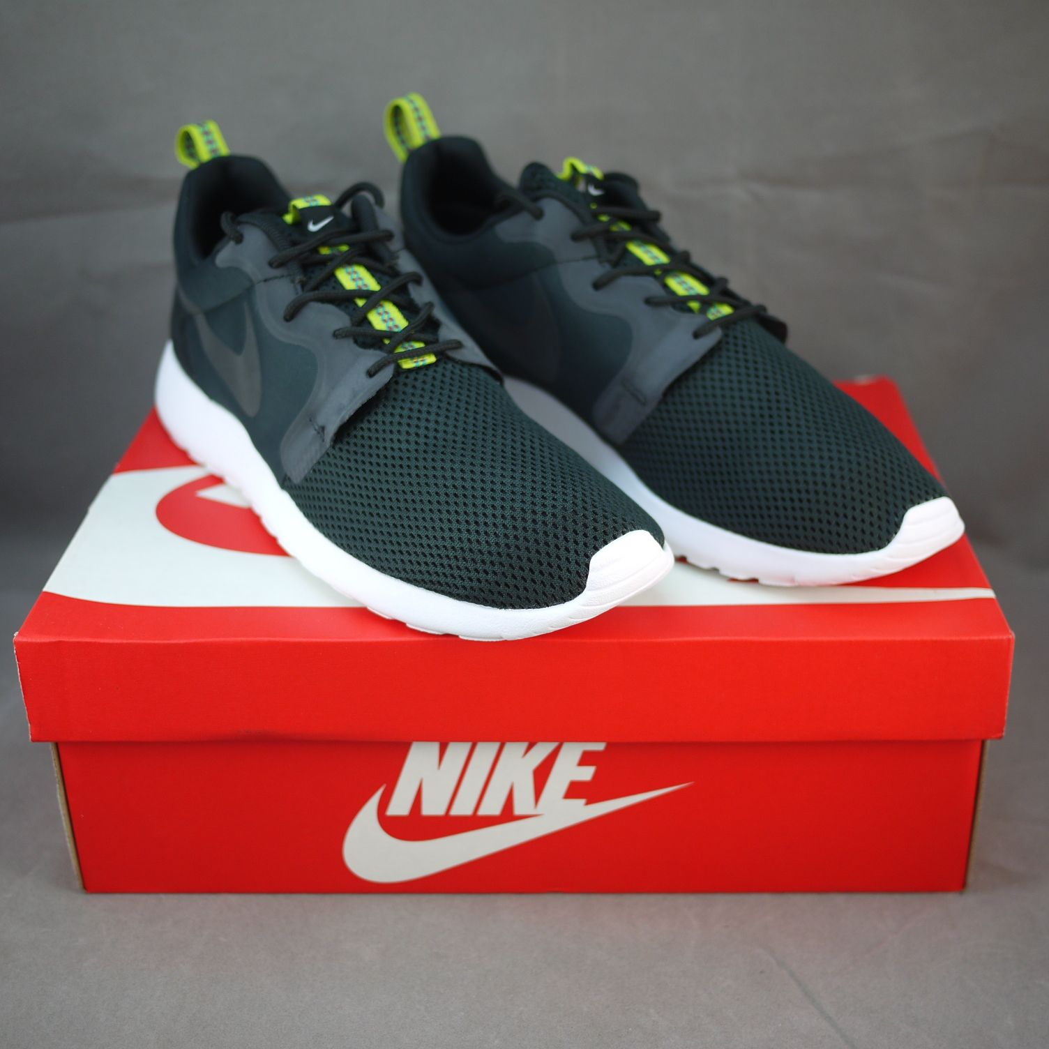 Authentic Nike Roshe Run Hyperfuse - Running Shoes - Black/Anthracite/Venom Green