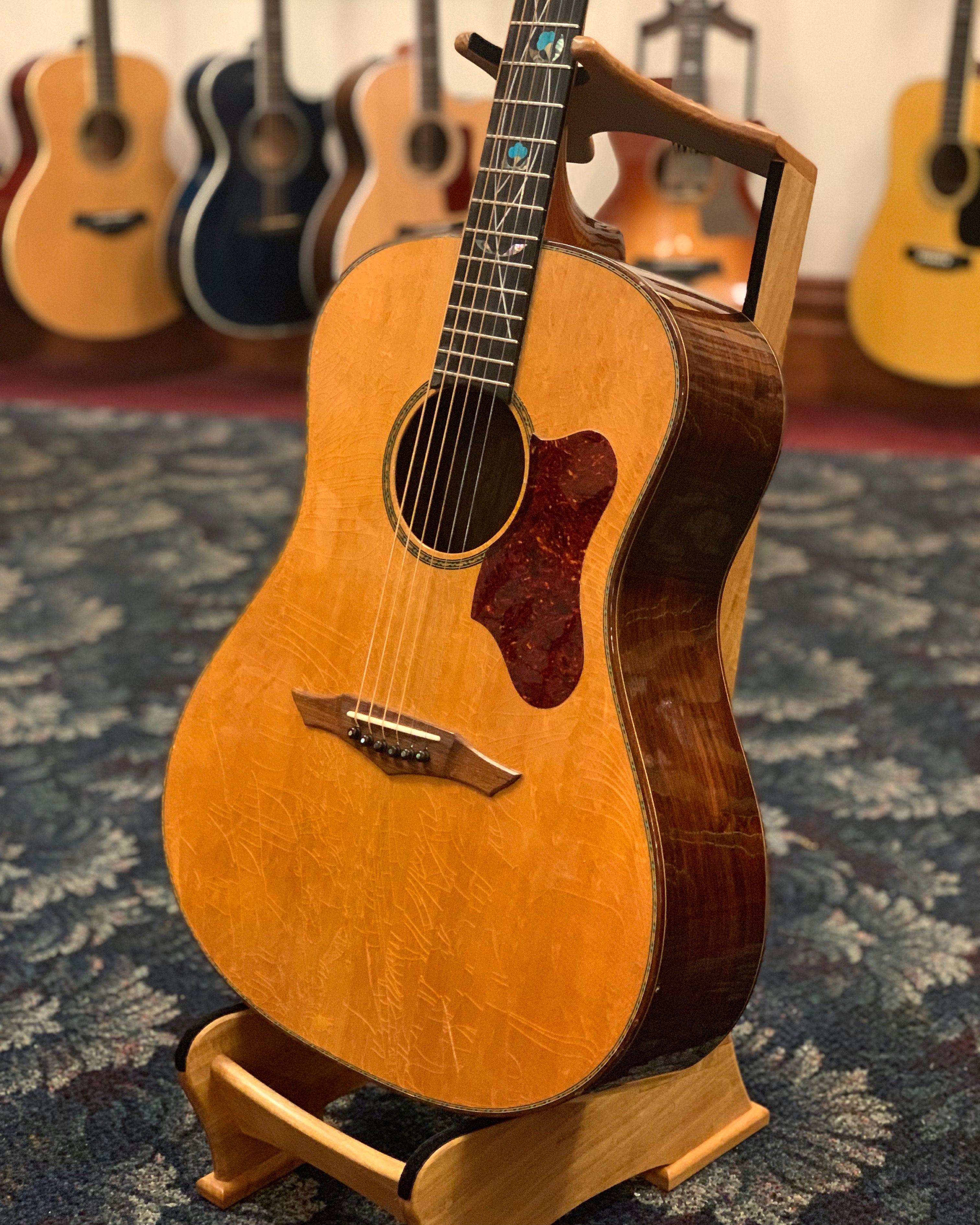Petros Blue Moon C 2005 Elderly Instruments Guitar Acoustic Guitar Acoustic