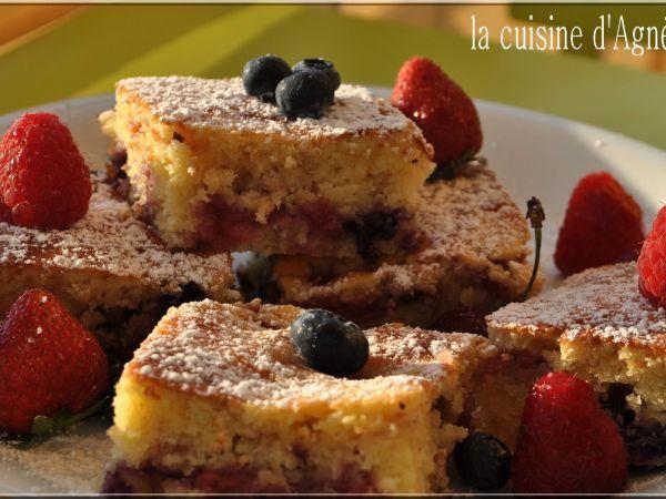 Recette Dessert : Biscuit aux 4 fruits rouges par Agnes.f