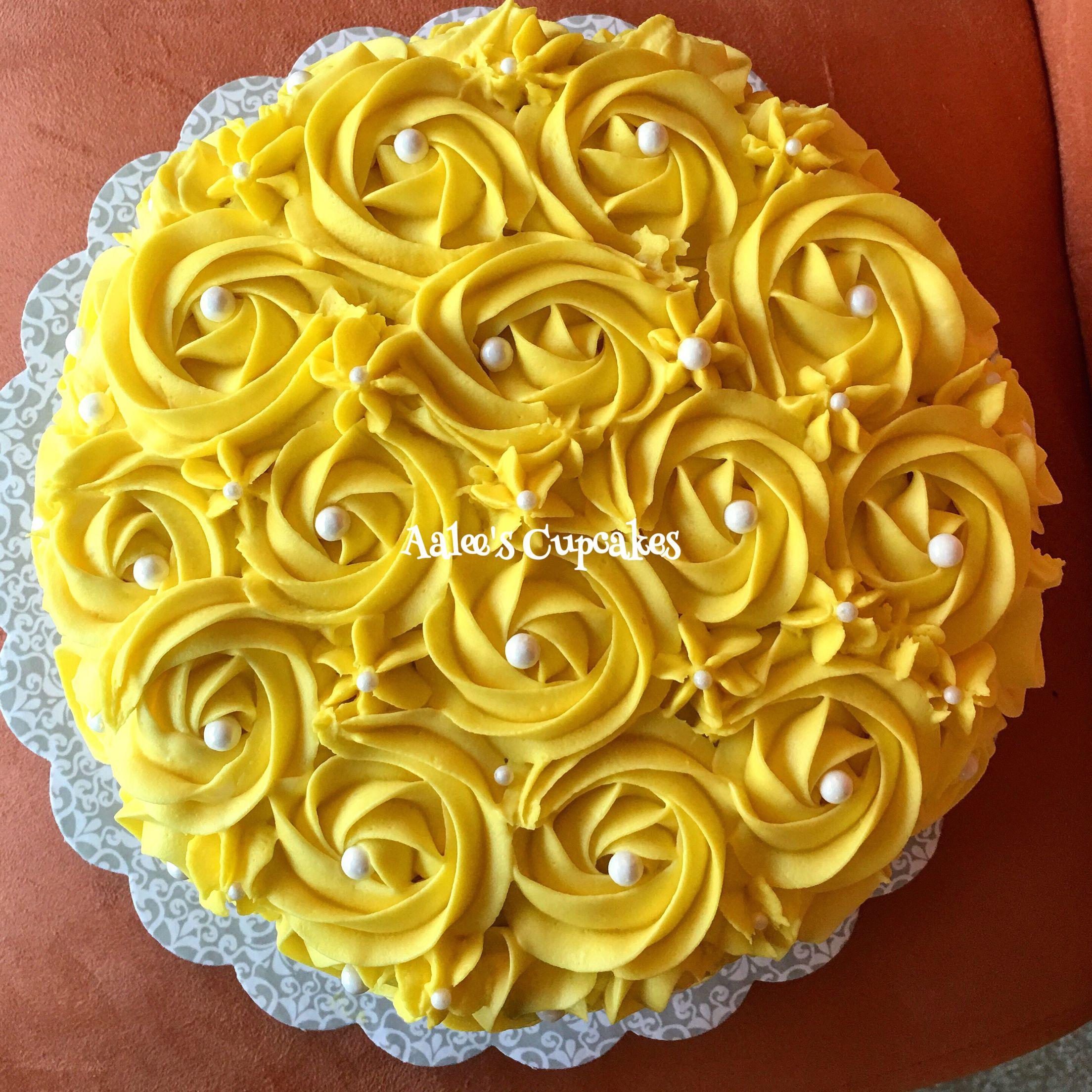 Yellow Rosette Cake Birthday cake kids, Wiggles cake