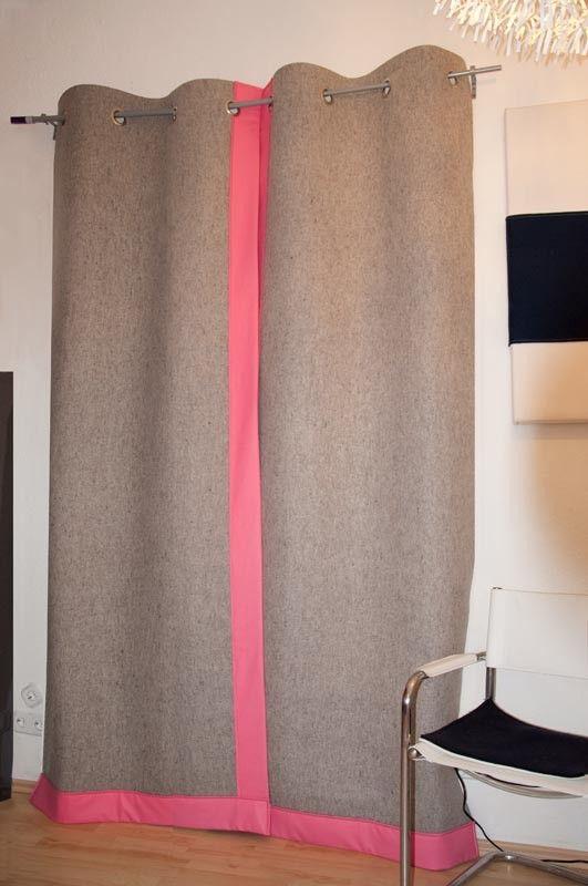 ein dicker filzvorhang macht den winter hyggelig an haust r wohnungst r und zimmert r. Black Bedroom Furniture Sets. Home Design Ideas