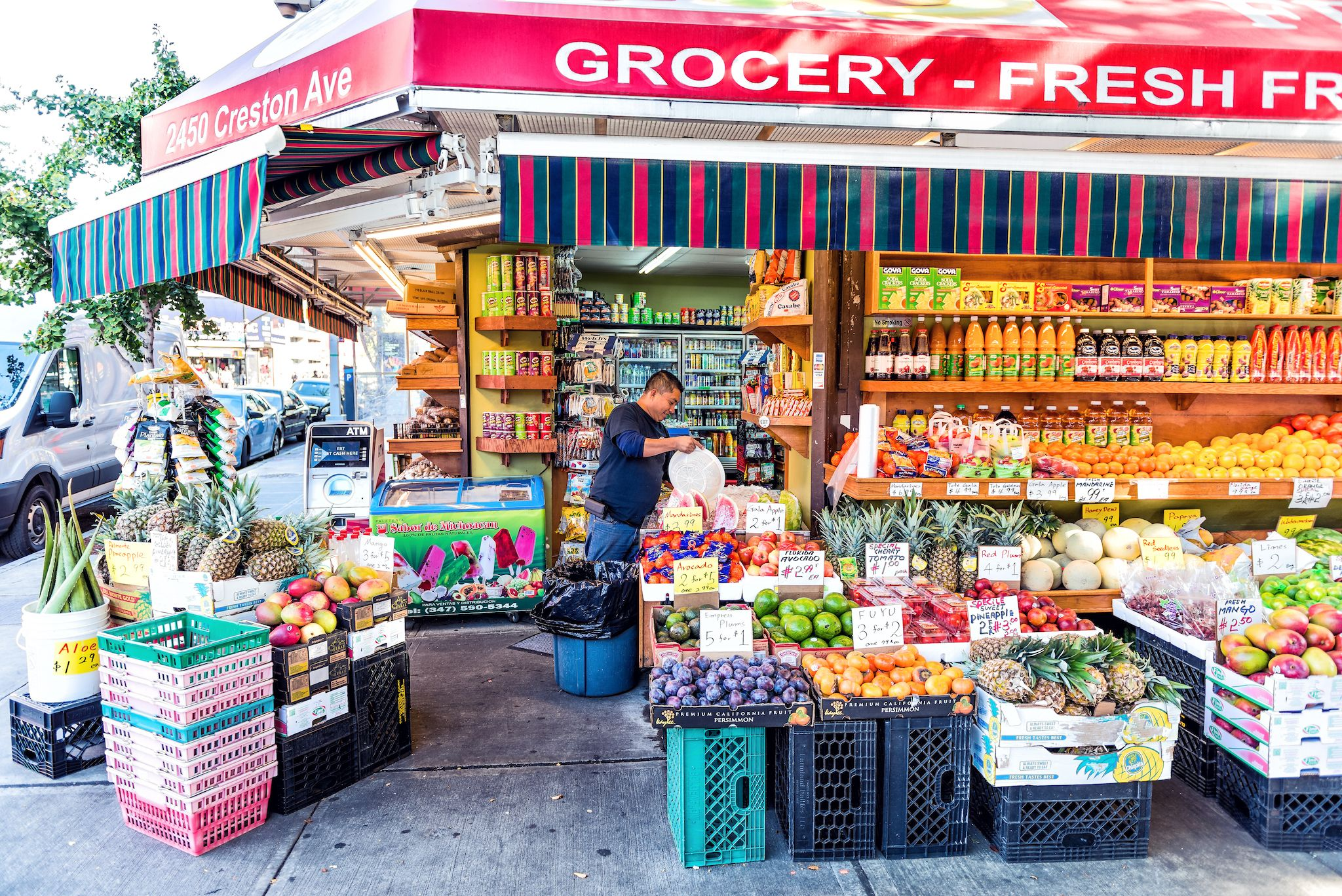 A new delivery app dedicated to New York City bodegas just