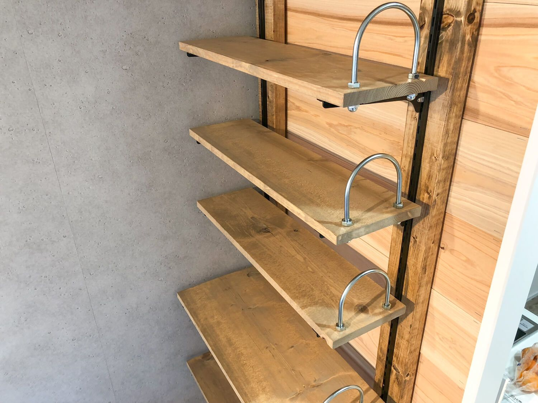 賃貸diy ディアウォールで壁面に可動式の本棚を作る 99 Diy Diy