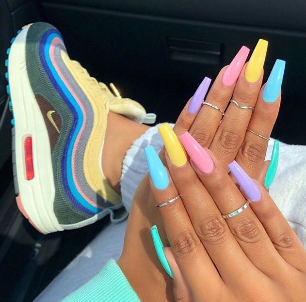 Pin By More On Stylin Best Acrylic Nails Summer Acrylic Nails Rainbow Nails