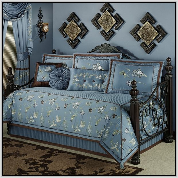 Daybed Comforter Sets Google Search Decorating Pinterest - Blue and brown daybed comforter sets