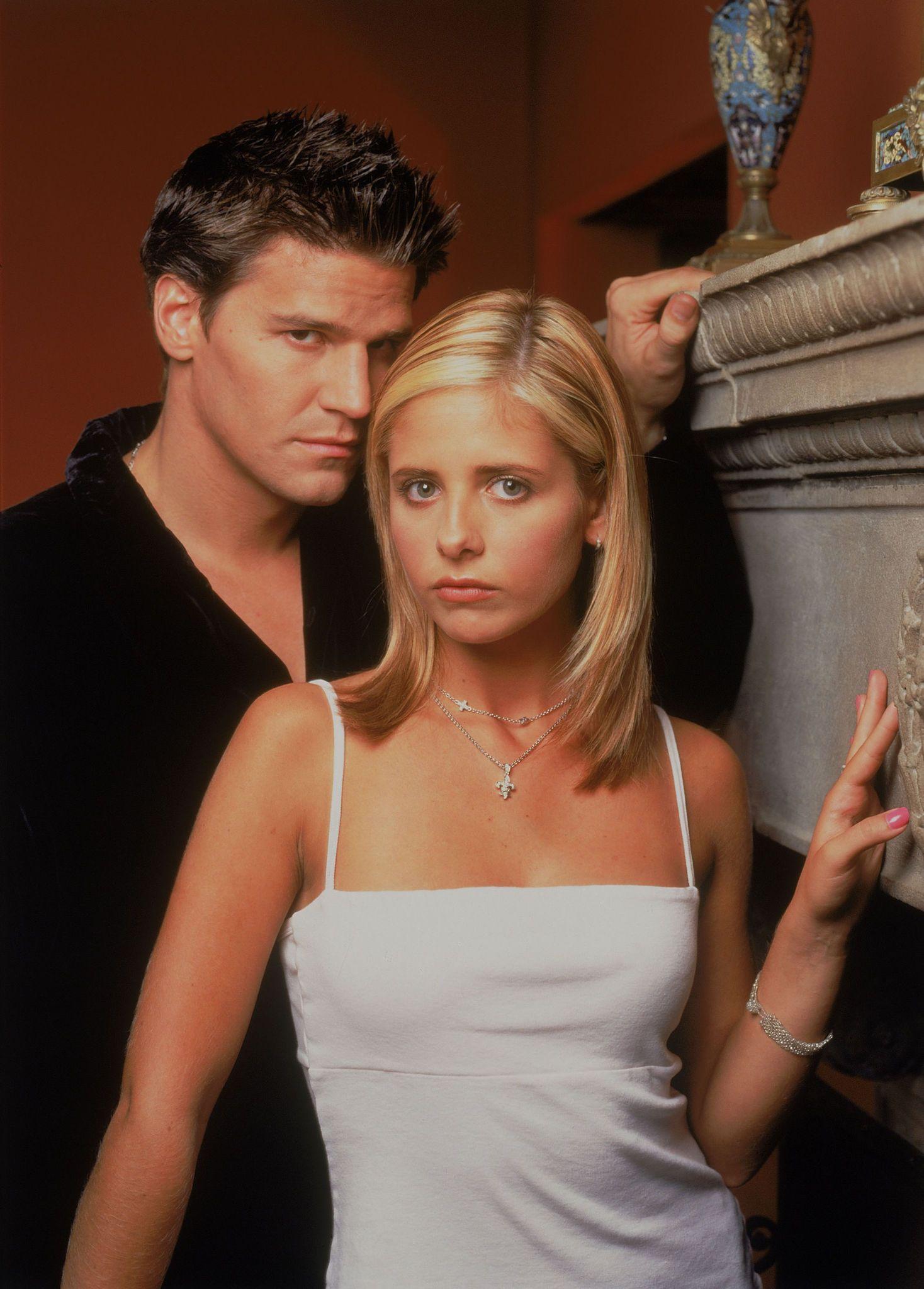 Buffy TVS Season 3 Promo  B3-5   All New Season Three! Collect!