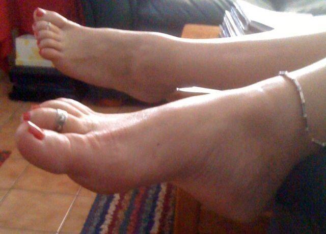 Pin Pa Foot Fetish