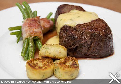 Chateaubriand mit Speckbohnen, Macaire - Kartoffeln und Sauce Béarnaise, ein sehr leckeres Rezept aus der Kategorie Hülsenfrüchte. Bewertungen: 75. Durchschnitt: Ø 4,4.