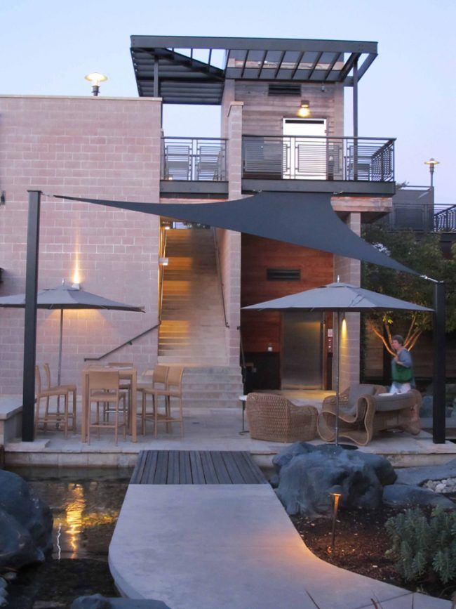 Sonnensegel Terrasse Beschattung Moderne Architektur Einfamilienhaus