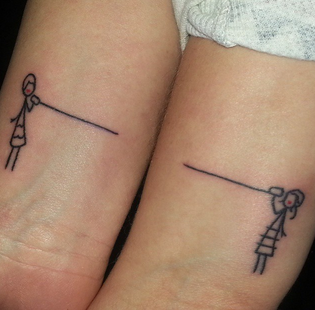 ae9a7a5fa Many moms and daughters rely on phone convos to stay in touch, so this  adorable stick figure tattoo idea couldn't be cuter. No matter how far away  they are, ...