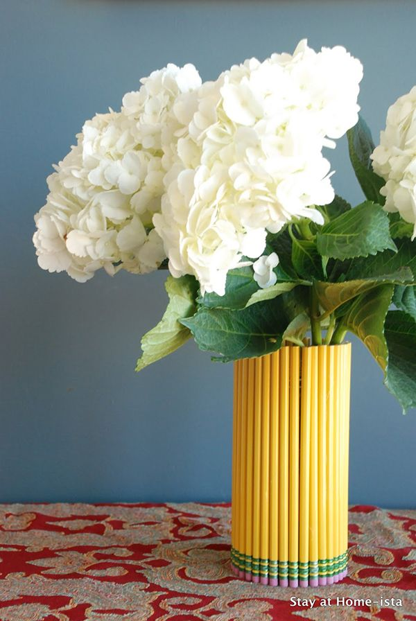 Diy Flower Vases That Are Chic Diy Vase Flower Vase Diy Diy Flowers