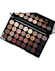 Makeup Revolution Schimmert und Matt Hautfarben Ultra 32 Eyeshadows Flawless Palette