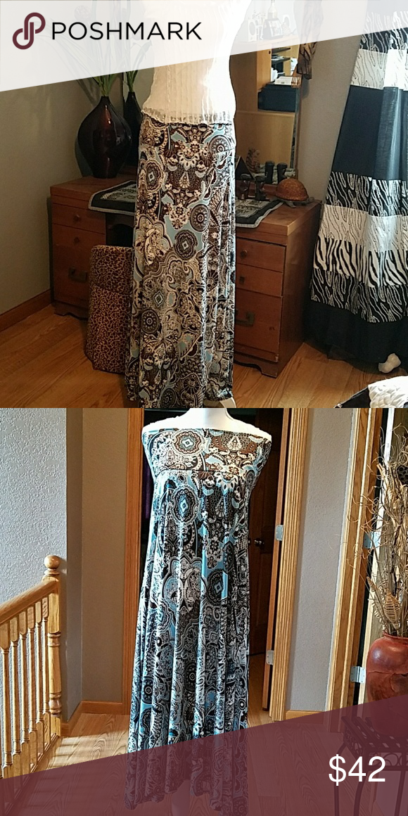 """LULAROE skirt/dress, sz M This beautiful Emulator maxi skirt is NWOT,  45"""" in length 16"""" waist but a lot of stretch can be worn as a dress as well, top shown with it is also in my closet LuLaRoe Skirts Maxi"""