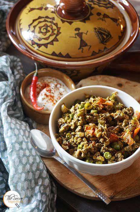 Swanjhane Ke Phool Ki Sabji Drumstick Flowers With Peas Recipe Vegetarian Recipes Healthy Vegetarian Recipes Indian Vegetarian Dishes
